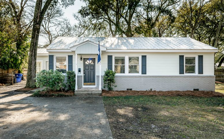 749 Mccants Drive, Mount Pleasant, SC 29464