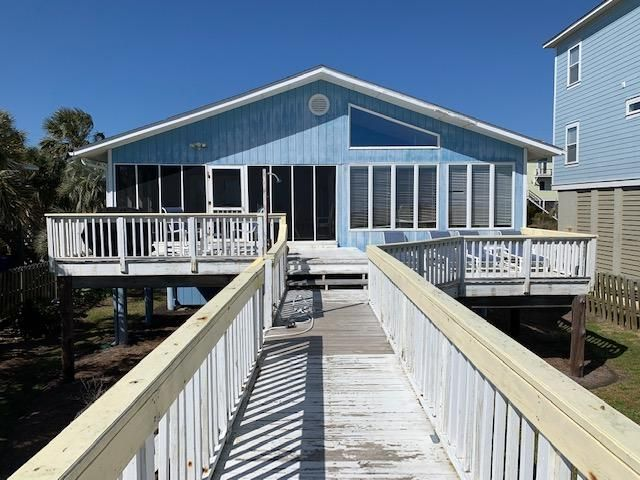 1007 Ashley Avenue, Folly Beach, SC 29439