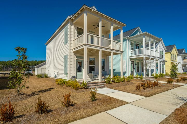 215 Winding Branch Drive, Summerville, SC 29486