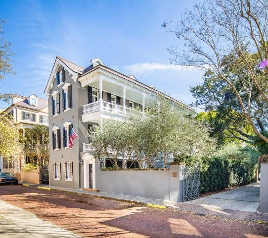 18 Church Street, Charleston, SC 29401
