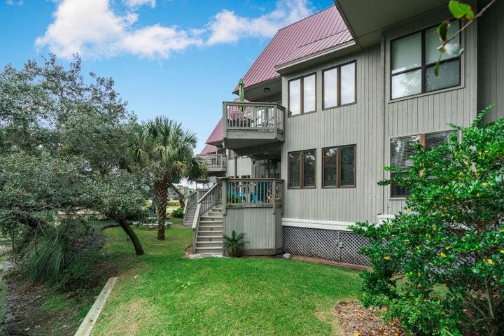 205 Little Oak Island Drive, Folly Beach, SC 29439
