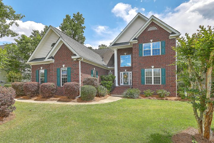 Welcome Home to 4173 Club Course Drive!
