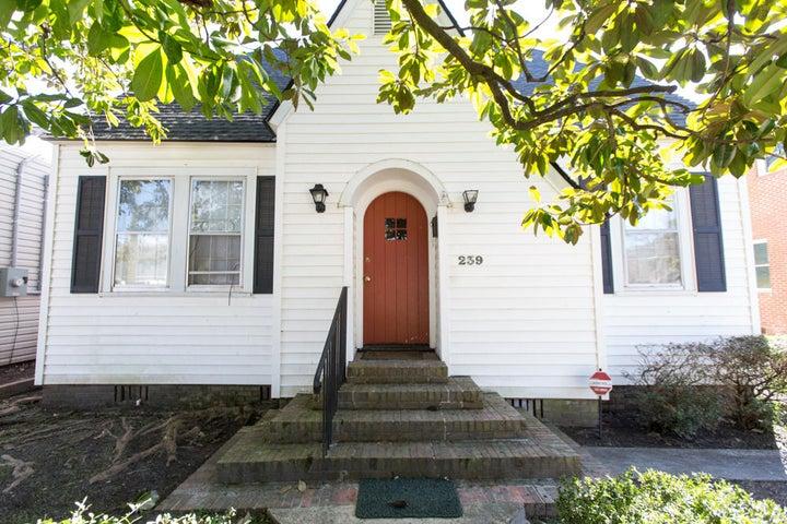 239 Gordon Street, Charleston, SC 29403