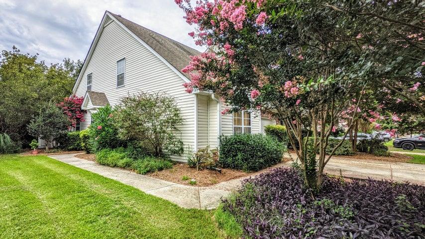 135 Dorothy Drive, Charleston, SC 29414