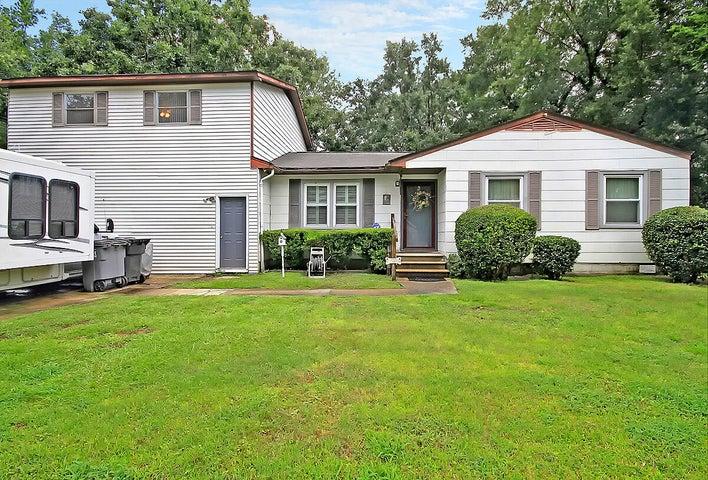 2720 Oakridge Circle, North Charleston, SC 29420