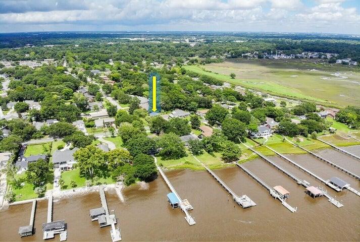 2250 Lazy River Drive, Charleston, SC 29414
