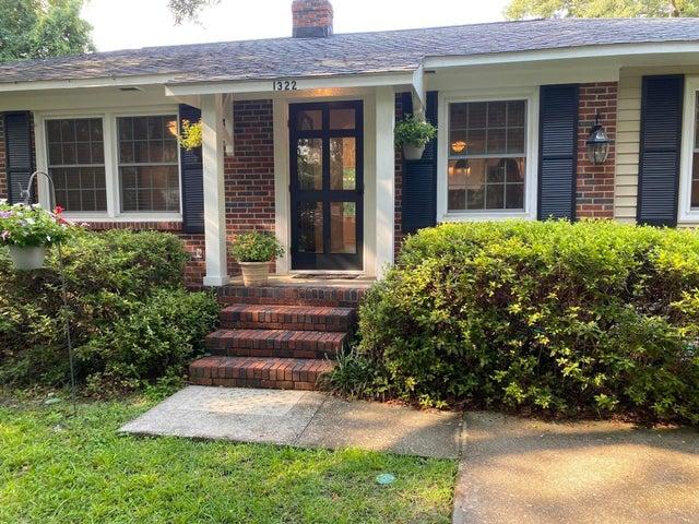 1322 Linden Circle, Charleston, SC 29407