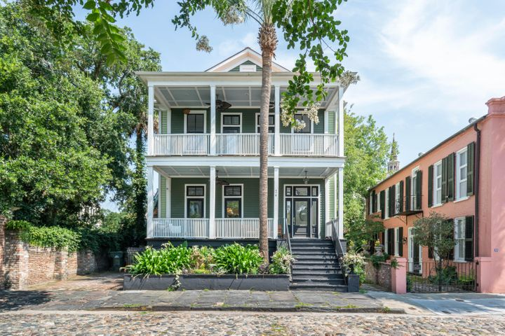 24 Chalmers Street, Charleston, SC 29401