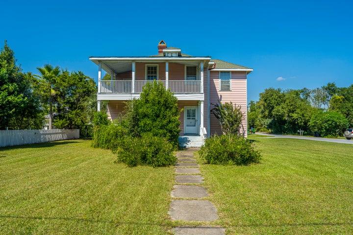 1754 Central Avenue, Sullivans Island, SC 29482
