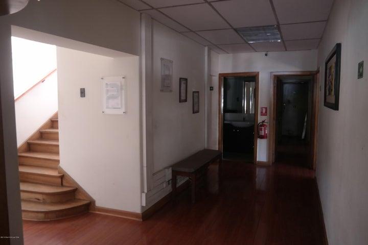 Casa Región Metropolitana>Santiago>Nunoa - Venta:999.600.000 Pesos - codigo: 18-165