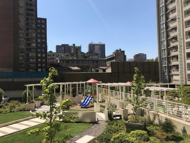 Departamento Región Metropolitana>Santiago>Santiago Centro - Venta:3.980 Unidades de Fomento - codigo: 19-16