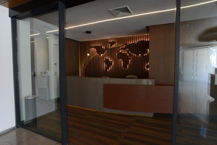 Oficina Región Metropolitana>Santiago>Vitacura - Arriendo:1.100.040 Pesos - codigo: 19-35