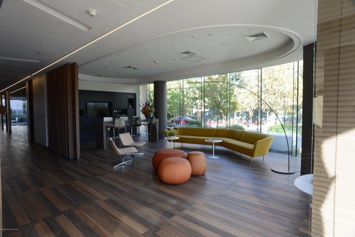 Oficina Región Metropolitana>Santiago>Vitacura - Arriendo:876.639 Pesos - codigo: 19-39