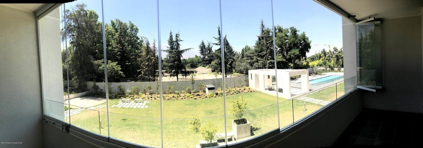 Departamento Región Metropolitana>Santiago>Las Condes - Arriendo:552.529 Pesos - codigo: 19-43