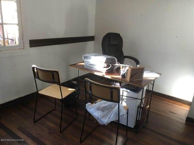 Oficina Región Metropolitana>Santiago>Providencia - Arriendo:850.000 Pesos - codigo: 19-60