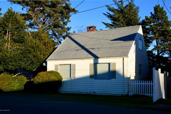 961 S Downing St, Seaside, OR 97138