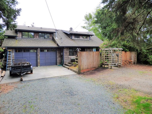 683 C St, Gearhart, OR 97138