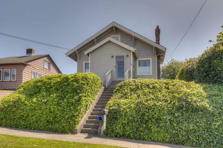 1476 6th St, Astoria, OR 97103