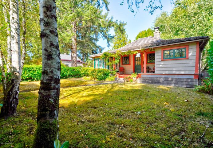 790 G St, Gearhart, OR 97138