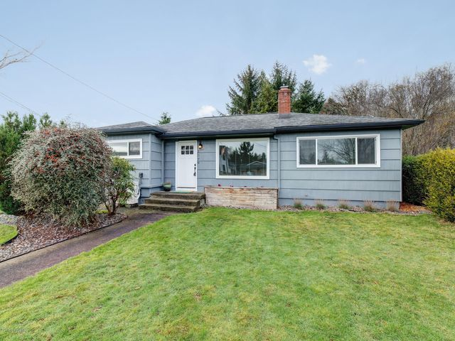 1579 4th St, Astoria, OR 97103
