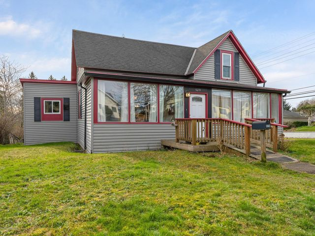529 Klaskanine Ave, Astoria, OR 97103