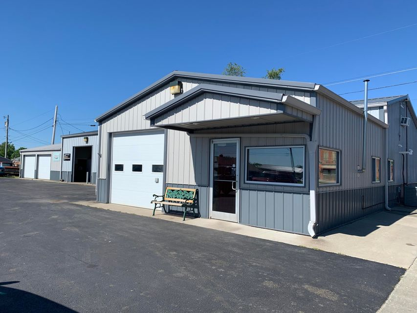 Commercial for sale – 353 S Odell   Marshall, MO