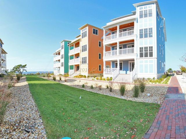 4 Shore Point, Mews, Ocean City, MD 21842