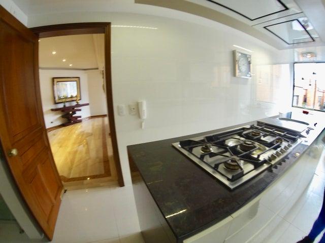 Apartamento Bogota D.C.>Bogota>Chico Navarra - Venta:1.450.000.000 Pesos - codigo: 18-57