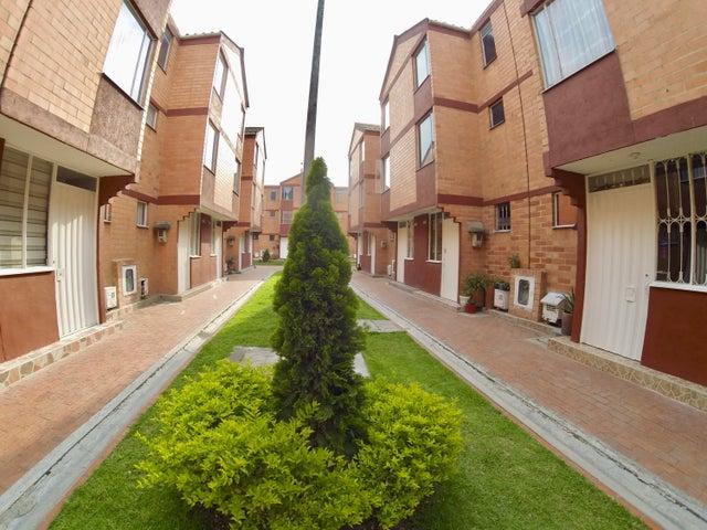 Casa Bogota D.C.>Bogota>Las Margaritas Kennedy - Venta:135.000.000 Pesos - codigo: 18-98