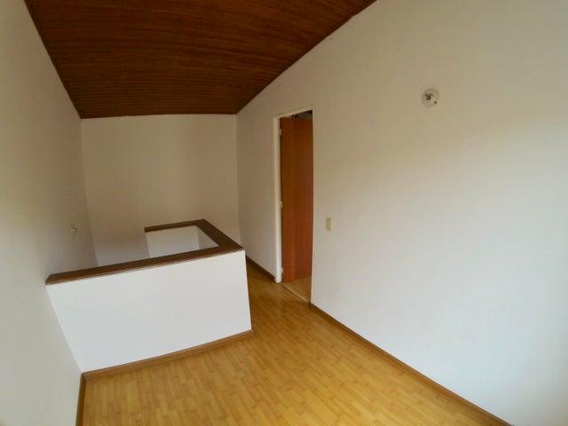Casa Bogota D.C.>Bogota>Modelia - Venta:330.000.000 Pesos - codigo: 18-194