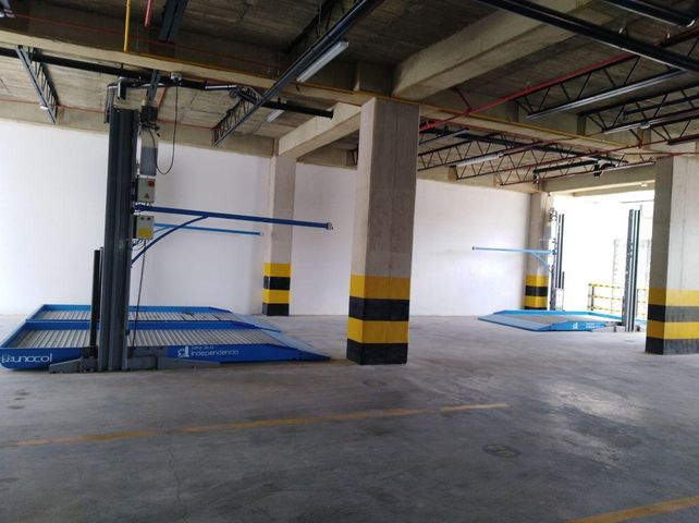 Local Comercial Bogota D.C.>Bogota>Las Nieves - Arriendo:19.531.400 Pesos - codigo: 18-229