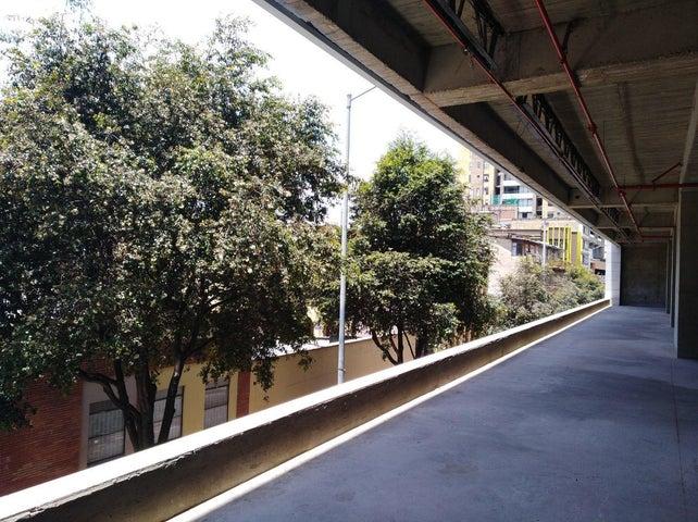 Local Comercial Bogota D.C.>Bogota>Las Nieves - Arriendo:6.968.000 Pesos - codigo: 18-230