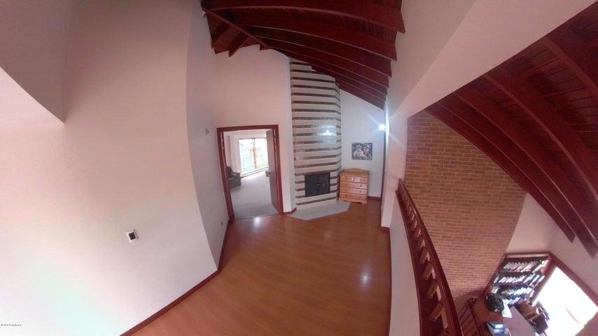Casa Cundinamarca>Chia>Sabana Centro - Venta:950.000.000 Pesos - codigo: 18-381