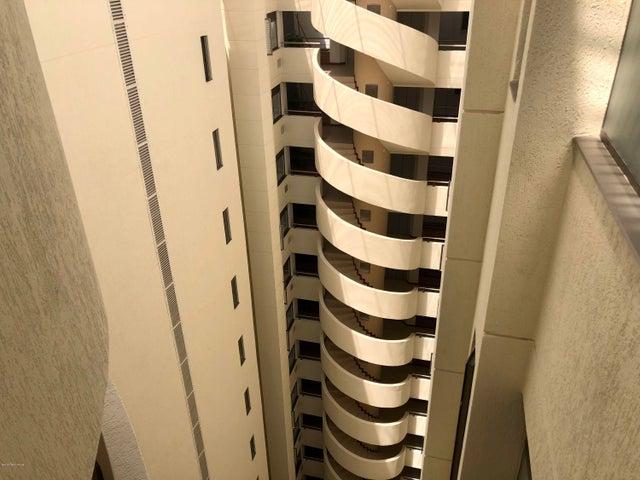 Apartamento Bogota D.C.>Bogota>Los Cedros Oriental - Venta:540.000.000 Pesos - codigo: 18-420