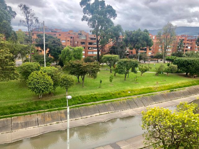 Apartamento Bogota D.C.>Bogota>Chico Navarra - Arriendo:2.000.000 Pesos - codigo: 18-422