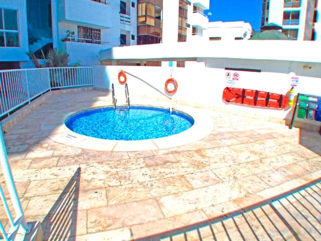 Apartamento Magdalena>Santa Marta>Rodadero - Venta:690.800.000 Pesos - codigo: 18-510