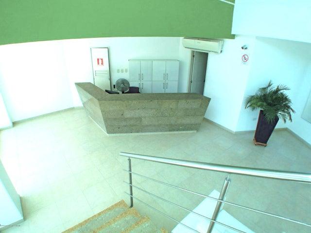 Apartamento Magdalena>Santa Marta>Rodadero - Venta:699.600.000 Pesos - codigo: 18-511