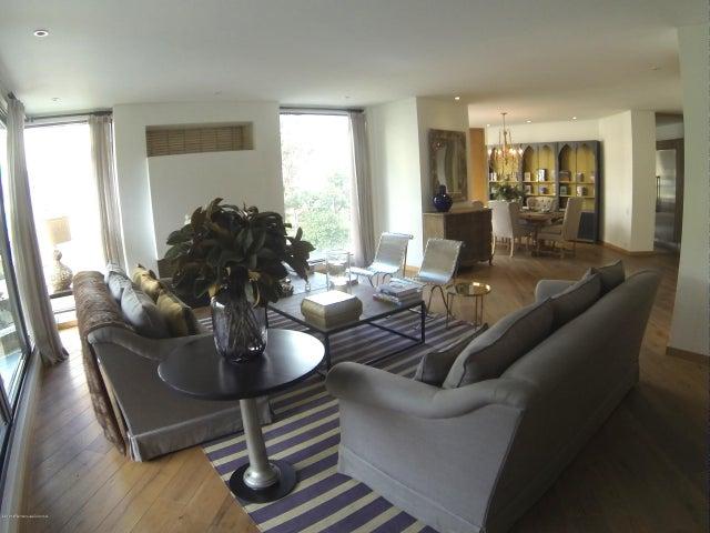 Apartamento Bogota D.C.>Bogota>El Nogal - Venta:5.511.162.250 Pesos - codigo: 18-528