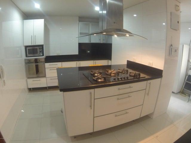 Apartamento Bogota D.C.>Bogota>Santa Barbara - Venta:1.050.000.000 Pesos - codigo: 18-553