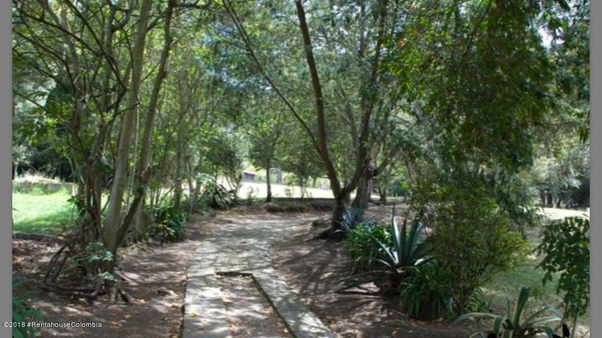 Terreno Cundinamarca>Tenjo>Vereda Chince - Venta:2.300.000.000 Pesos - codigo: 18-565