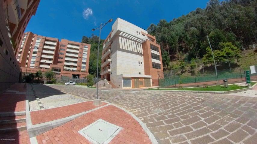 Apartamento Bogota D.C.>Bogota>Santa Barbara - Venta:950.000.000 Pesos - codigo: 18-573