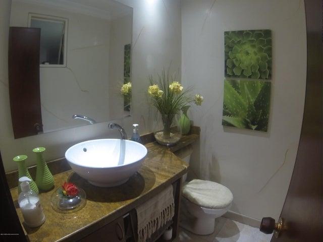 Casa Bogota D.C.>Bogota>Mirandela - Venta:540.000.000 Pesos - codigo: 18-578