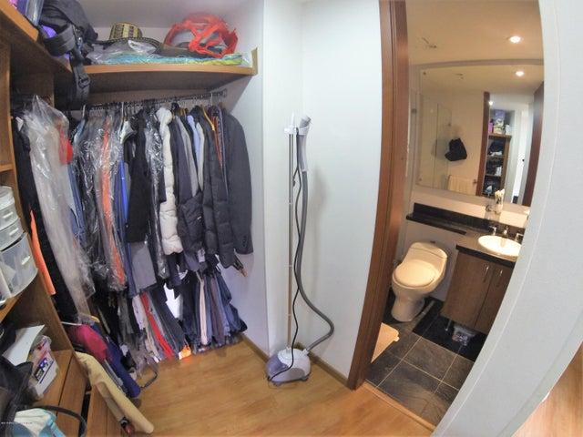 Apartamento Bogota D.C.>Bogota>El Contador - Venta:380.000.000 Pesos - codigo: 18-620