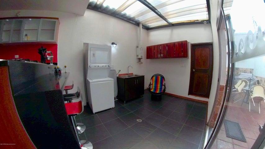 Casa Bogota D.C.>Bogota>Santa Barbara - Arriendo:6.500.000 Pesos - codigo: 18-656
