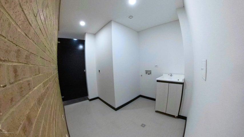 Apartamento Bogota D.C.>Bogota>Chapinero Alto - Venta:1.500.000.000 Pesos - codigo: 18-696