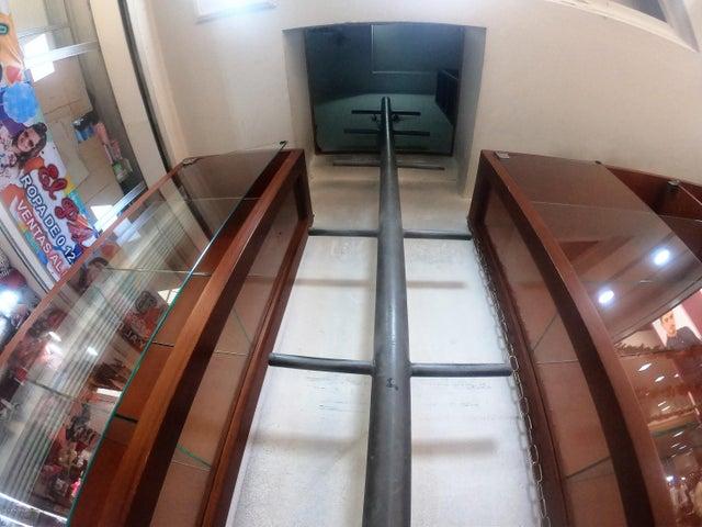 Local Comercial Bogota D.C.>Bogota>La Sabana - Venta:220.000.000 Pesos - codigo: 18-722