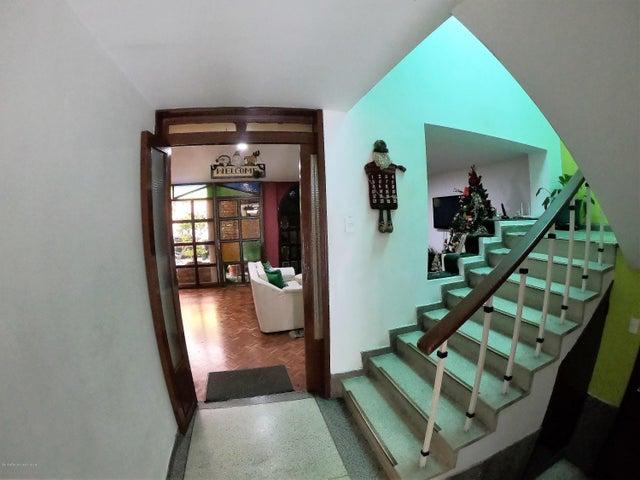 Casa Bogota D.C.>Bogota>Quinta Paredes - Venta:1.200.000.000 Pesos - codigo: 19-68