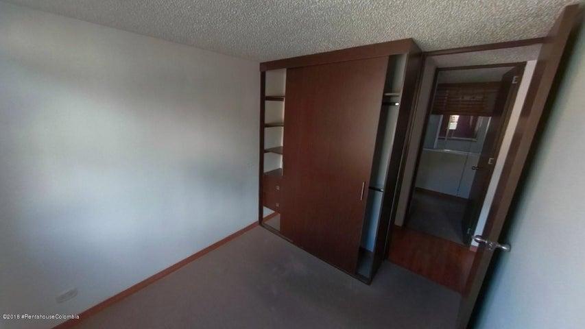 Apartamento Bogota D.C.>Bogota>Canaima - Venta:180.000.000 Pesos - codigo: 19-18