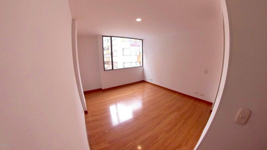 Apartamento Bogota D.C.>Bogota>Nueva Autopista - Venta:295.000.000 Pesos - codigo: 19-24