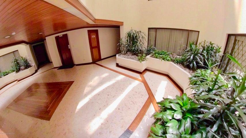 Apartamento Bogota D.C.>Bogota>Chico Norte - Venta:800.000.000 Pesos - codigo: 19-43